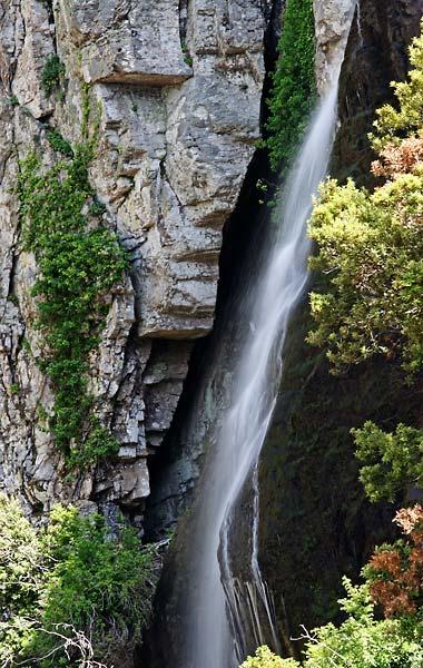 Raksounia waterfall