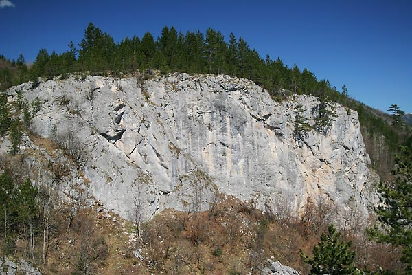 Pirlitor - west wall