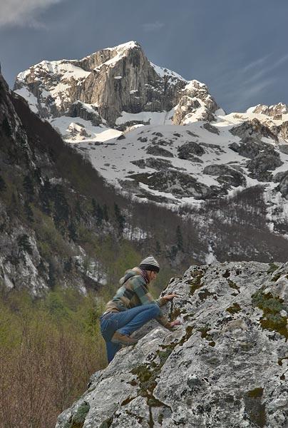 bouldering in Grbaja valley