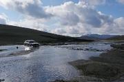 crossing Ampapollur tributary on F228 (Veiðivatnaleið) ©Jonna