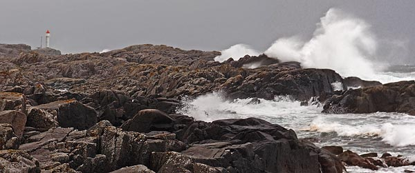 wind, rain and great waves, Ferkingstad lighthouse, Karmøy island
