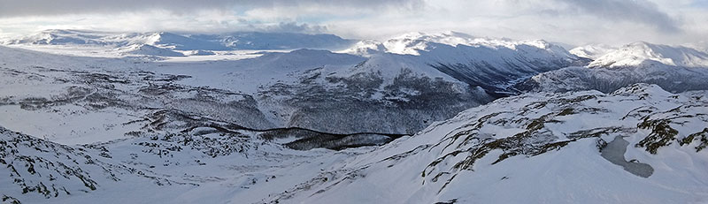 view south/west from Røgjin, Hemsedal, 1370m