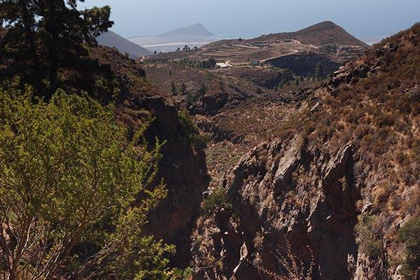 Montaña Roja of El Medano in the background