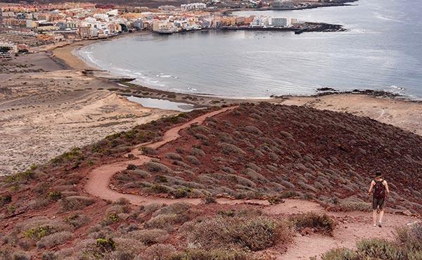 Montaña Roja and El Medano